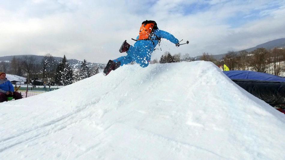 Fitnes trenér Jakub Bína, testování lyží Fischer nebo Armada, snowboardů Nitro nebo bruslí Sled Dogs a k tomu party. To vás čeká během února na festivalu WooXUP 2017